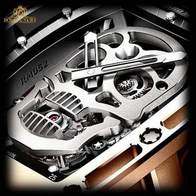 Đồng hồ Richard Mille Skull RM052 - cỗ máy độc đáo đậm dấu ấn Richard Mille