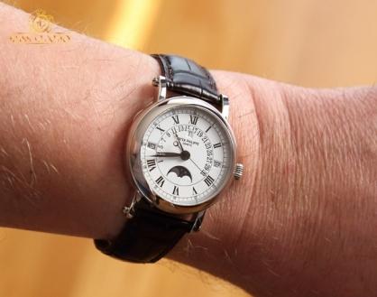 Patek Philippe 5159 - mẫu đồng hồ được khao khát nhất thế giới