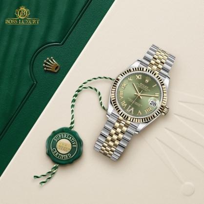 Đồng hồ Rolex mặt xanh - tinh tế, nổi bật