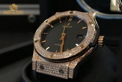 Ngắm bộ sưu tập đồng hồ Rolex cơ của Sơn Tùng MTP
