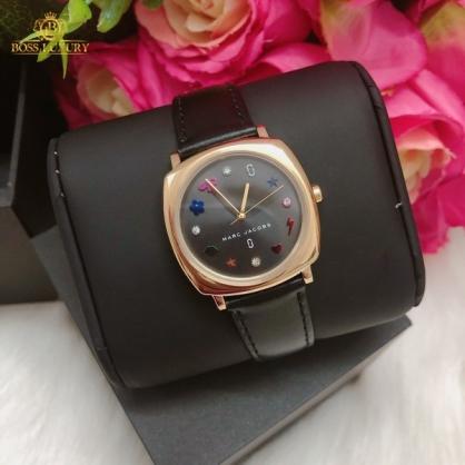 4 lưu ý khi sử dụng đồng hồ Marc Jacobs dây da