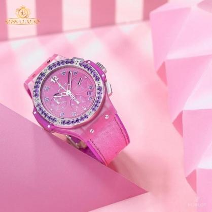 Bộ sưu tập đồng hồ Hublot màu hồng chiều lòng các quý cô