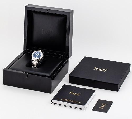 Hộp đựng của Piaget bao gồm đầy đủ thẻ bảo hành,tem phiếu bảo hành,hướng dẫn sử dụng