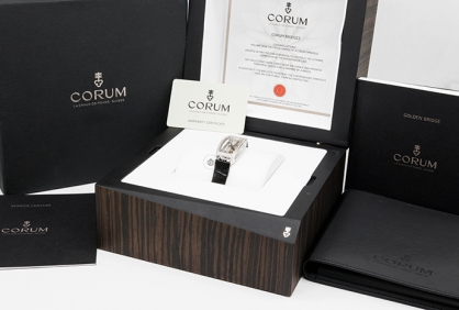 Địa chỉ bán đồng hồ Corum chính hãng đẳng cấp và uy tín nhất