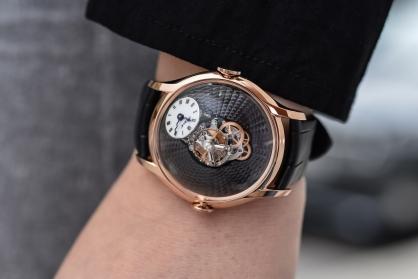 Đồng hồ bán chạy nhất năm 2019 của MB & F vừa xuất hiện trong hai phiên bản mới