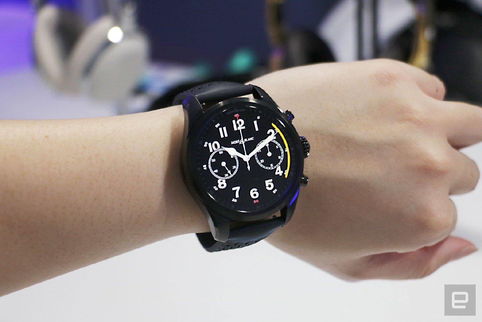 Montblanc Summit 2 plus - đồng hồ choronograph mới có chức năng 4G LTE