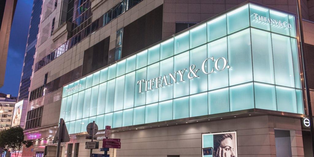 Tập đoàn lớn LVMH muốn thâu tóm Tiffany với giá 14,5 tỷ USD